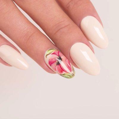 Trouvez la forme parfaite pour vos ongles, toutes les tendances